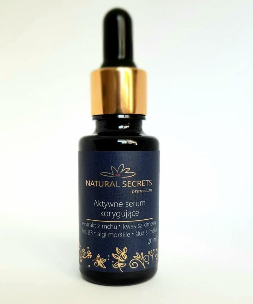 Natural Secrets – Aktywne serum korygujące o właściwościach rozjaśniających, przeciwzapalnych i ujędrniających