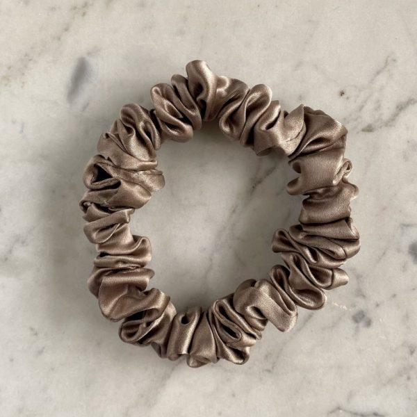 Easy Livin – Gumka do włosów 100% jedwab – cappuccino